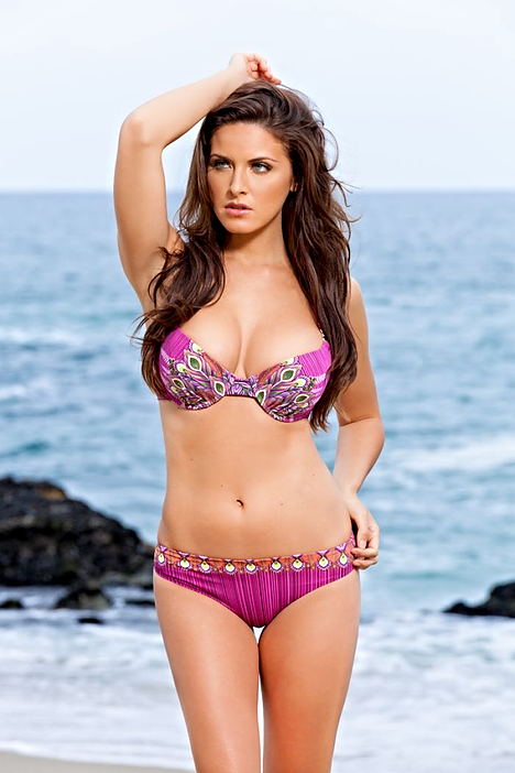 Push Up Mold Cup Bikini Need an extra boost and lift in your bikini top? We figured most women like support and this is just the bikini that can accomplish that. Underwire top with molded cups will give you lift and support. The bottoms have a Brazilian coverage. Hurry! These are selling fast.